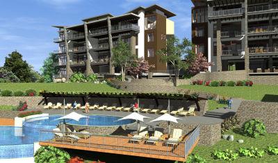 Torres Mirador exterior pool deck