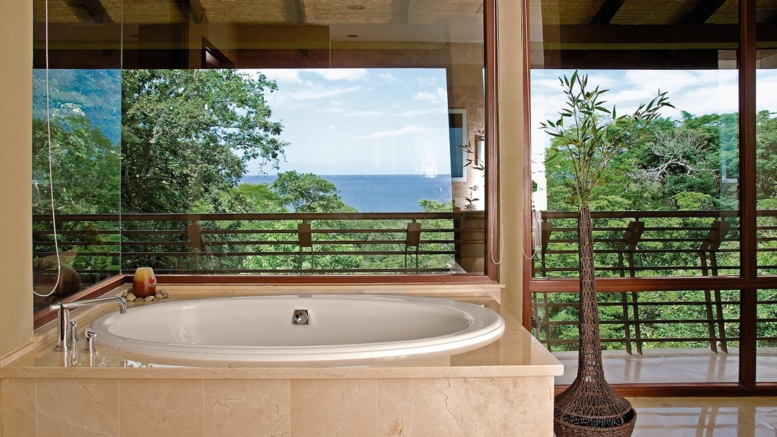 Costa-Rica-Luxury-Home_Bartlett_Sarco-Architects-Costa-Rica-10-1100x619.jpg