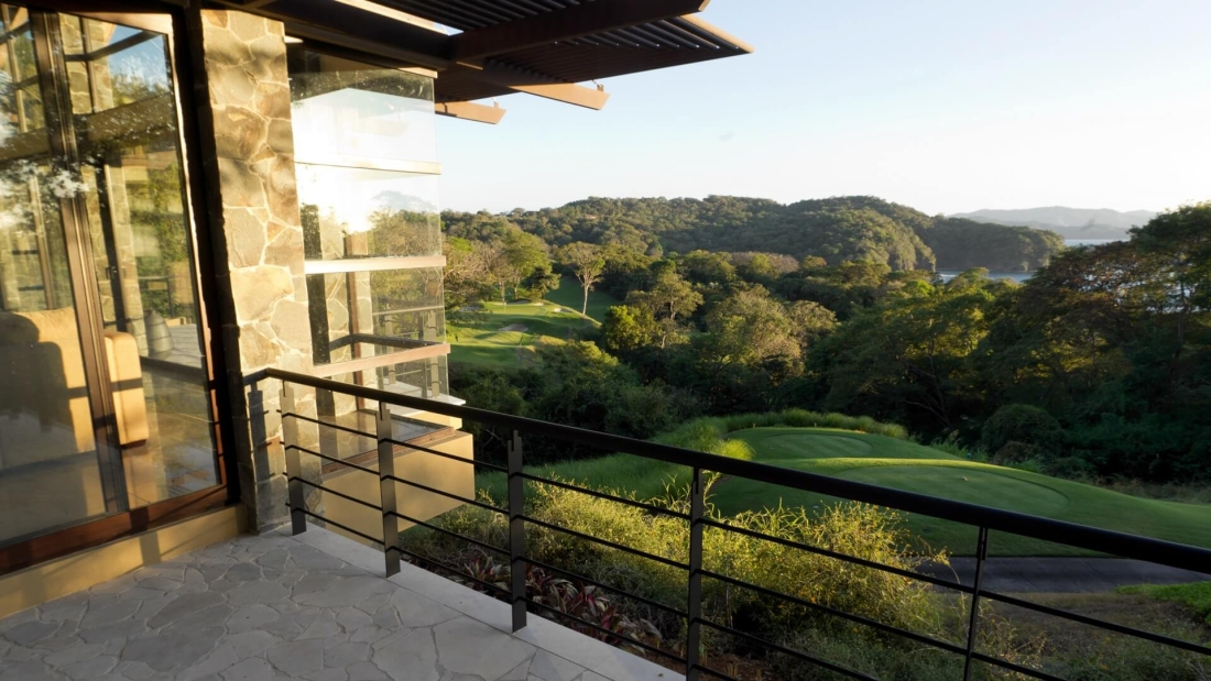 Costa-Rica-Luxury-Home_Sarco-Architects_11-1100x619.jpg