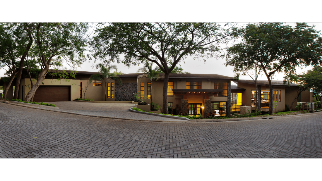 Costa-Rica-Luxury-Home_Sarco-Architects_25-1100x619.png