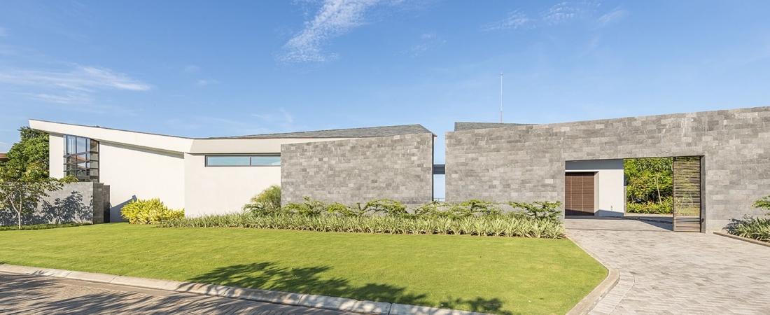 Sarco-Architects-Costa-Rica_Casa-SeaLaVie20-1100x450.jpg