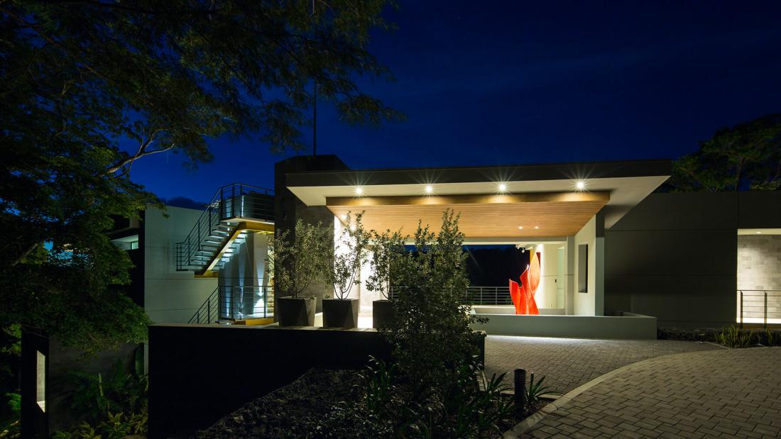 Casa-Magayon_Sarco-Architects-Costa-Rica-27-1100x619.jpg