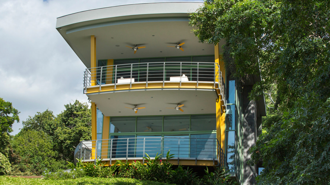 Casa-Magayon_Sarco-Architects-Costa-Rica-6-1100x619.jpg